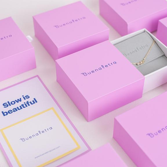 Buenaletra Packaging